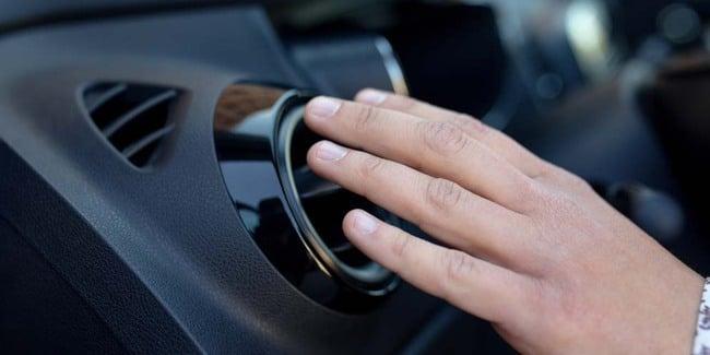 Kenali Penyebab AC Mobil Tidak Dingin