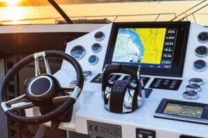 GPS Tracker Batam – Pasang GPS di Kapal dan Mobil Mewah