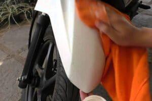 Cara Menghilangkan Goresan Pada Cat Motor Warna Dof